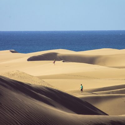 Ein Blick über die Dünen von Maspalomas und Naturschutzgebiet zum Atlantik